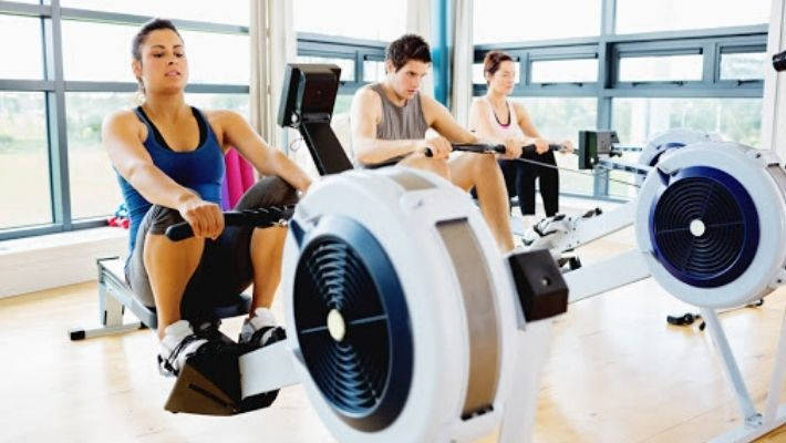How To Use The Rowing Machine In The Gym
